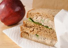 Mercury in Tuna and School Lunches < Moms Clean Air Force Healthy Tips, Eat Healthy, Health And Wellbeing, For Your Health, Diet And Nutrition, Meal Prep, Food Prep, Tuna, Sandwiches