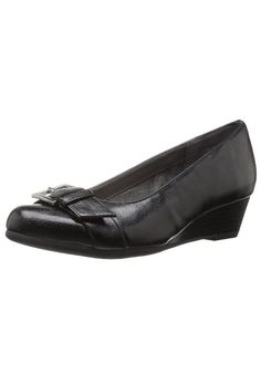 fd8ab9fd2c Aerosoles Women s Love Bug Slip-On Loafer Black