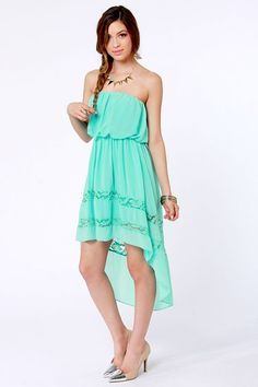 We'd say the High-Low, How Are You? Strapless Mint Dress is looking awfully fine! Tube bodice gathers around the top and waistline, with a high-low skirt below. High Low Outfits, Trendy Outfits, Cute Outfits, Trendy Clothing, Cute Strapless Dresses, Pretty Dresses, Beautiful Dresses, Yes To The Dress, Dress Up