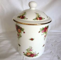 •♥•Royal Albert China Old Country Roses Cookie Jar/Canister •♥•