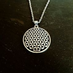 Sacred Geometry Flower Of Life Necklace – Minimalist style Ancient Geometry charm on silver chain – meditation spiritual yoga peace Zen