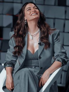 Turkish Fashion, Turkish Beauty, Girls Fashion Clothes, Fashion Outfits, Cute Fashion, Girl Fashion, Makeup Eye Looks, The Most Beautiful Girl, Turkish Actors