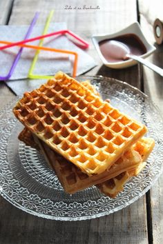 Gaufres de Cyril Lignac Pancakes, Waffles, Waffle Bar, Cake Recipes, Biscuits, Food And Drink, Lolo, Cookies, Breakfast