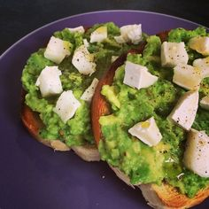 Avocado and Goats Cheese on Toast - Quick Lazy Lunch