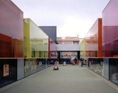 """""""Els Colors"""" Nursery / RCR Arquitectes"""