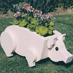 Buy Woodworking Project Paper Plan to Build Pig Planter, Plan No. 890 at Woodcraft.com
