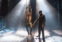 """Arrow -- """"Sacrifice"""" -- Image AR123a_0044b -- Pictured: Stephen Amell as Oliver Queen -- Photo: Diyah Pera/The CW -- � 2013 The CW Network. All Rights Reservedpn"""