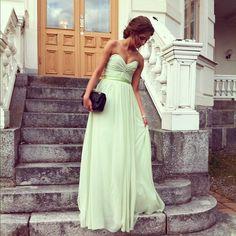 Sweetheart neckline, floor length, flowy, silk band around waist and love the color!