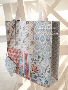 Patchwork tote bag with matching zip pouch