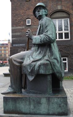 Hans Christian Andersen statue next to the City Hall. Hans Christian, Copenhagen Denmark, Faroe Islands, Travelogue, Finland, Sculpture Art, Norway, Vikings, Places To Visit