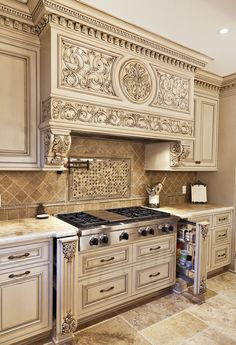 Tuscan kitchen design immediately conjures images of Italy and sunlight and warmth. In fact these kinds of images are just what you need to think of when coming up with the perfect Tuscan kitchen desi. Tuscan Kitchen Design, Luxury Kitchen Design, Best Kitchen Designs, Luxury Kitchens, Cool Kitchens, Tuscan Kitchens, Kitchen Ideas, Kitchen Design Classic, Kitchen Colors