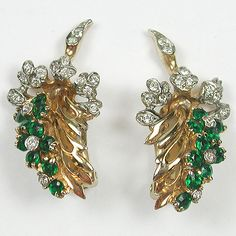 Pennino (unsigned) Emerald Wisteria Clip Earrings / gold plated base metal, Rhinestones / Marked: unsigned Reference: See DUJ76 for attribution and dating /165