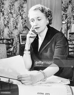 Photo d'actualité : Margaret Truman meditates over a passage of her...