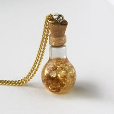 Treasure Chest Necklace | review | Kaboodle