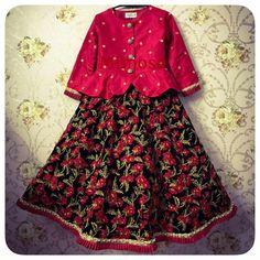 for oder call or whatsapp on 07285875355 Kids Party Wear Dresses, Kids Dress Wear, Kids Gown, Little Girl Dresses, Baby Dresses, Baby Frocks Designs, Kids Frocks Design, Kids Lehenga Choli, Saree