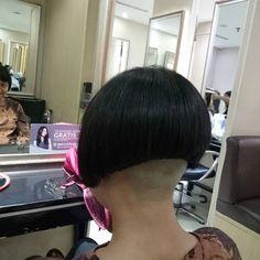 Bob Hairstyles, Haircuts, Asian Bob, Bob Cuts, Hair Models, Side Cuts, Undercut, How To Look Better, Short Hair Styles