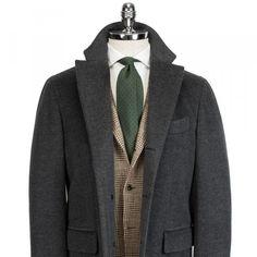 Garderobens hörnstenar - Den perfekta paletån