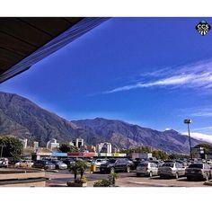 Te presentamos la selección del día: <<AVILA>> en Caracas Entre Calles. ============================  F E L I C I D A D E S  >> @javyeslava << Visita su galeria ============================ SELECCIÓN @ginamoca TAG #CCS_EntreCalles ================ Team: @ginamoca @huguito @luisrhostos @mahenriquezm @teresitacc @marianaj19 @floriannabd ================ #avila #elavila #Caracas #Venezuela #Increibleccs #Instavenezuela #Gf_Venezuela #GaleriaVzla #Ig_GranCaracas #Ig_Venezuela #IgersMiranda…