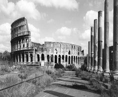 Rome by Gabriele Basilico Photography Collage, Amazing Photography, Landscape Photography, Glasgow, Milan, Voyage Rome, Romulus And Remus, Traditional Landscape, Photographs Of People