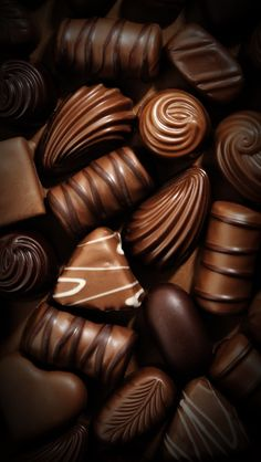 The sweetest thing :) #chocolate #sweets #ios #wallpapers #iphone #ipad
