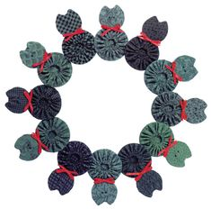 Yo yo cat wreath, in: Christmas Cats and Dogs by Janet Kime - Martingale