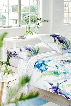 Designers Guild Spring / Summer 2016 Bedding Tricia Guild, Designers Guild, Neoclassical Interior, Cosy Room, Floral Room, Interior Decorating, Interior Design, Bed Design, Bedroom Decor