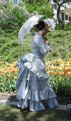 Tulip festival promenade by ~Idzit on deviantART 19th Century Fashion, 1800s Fashion, Edwardian Fashion, Vintage Fashion, Victorian Gown, Victorian Costume, Victorian Gothic, Victorian Steampunk Dress, Gothic Lolita