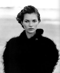 Magazine: Harper's Bazaar US Year: 1994 Model: Kate Moss Photographer: Peter Lindbergh Peter Lindbergh, White Photography, Portrait Photography, Fashion Photography, Charlie Barker, Queen Kate, Portrait Studio, Miss Moss, Foto Fashion