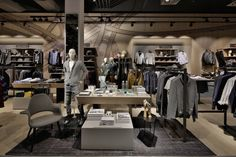 Kastner-Oehler-Store-Ried-im-Innkreis-Austria-Blocher-Blocher-Partners_07.jpg (720×480)