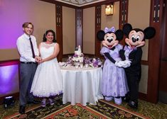 Alex & Paul had help cutting their Precious Moments cake from Mickey & Minnie Mouse at their Disneyland Wedding! Wedding Cake Prices, Wedding Cakes, Mad Hatter Wedding, Secret Song, Grand Californian, Blackberry Cake, Bride Photography, Mickey Minnie Mouse, Disney S