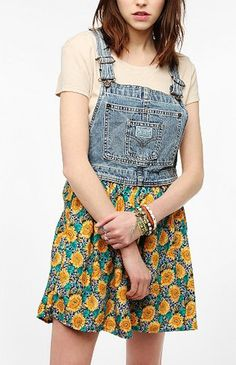 Urban Outfitters is bringing back the WORST of the '80s and '90s fashion.
