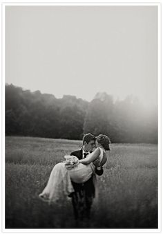 romantic country wedding - Photo by Clayton Austin Wedding Poses, Wedding Couples, Romantic Couples, Romantic Wedding Photos, Wedding Photoshoot, Wedding Photographie, Wedding Blog, Wedding Day, Trendy Wedding