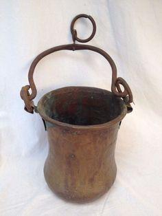 HAMMERED COPPER POT w/ Handle Hanging Antique Vtg Primitive Rustic Cauldron Iron