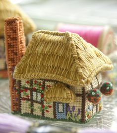 Cross-stitch embroidery kit_size: w 5 x d 3.7 x h 5 cm_Buttercup Cottage_£18