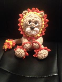 Lonnie the Lion - via @Craftsy