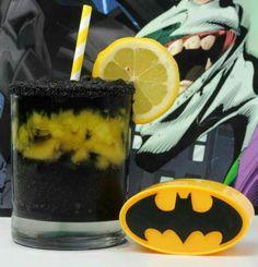 Batman Slush (Drink Batman) Ice 1 cup Grape Juice 1 cup Blueberry Cranberry Juice 1 cup Pineapple chunks cup Pineapple juice 2 cups ice Fruit to garnish Blender glass Superman Party, Superman Halloween, Superhero Party, Cocktails, Party Drinks, Cocktail Drinks, Fun Drinks, Beverages, Cocktail