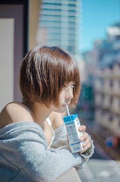 水湊みお on in 2020 Human Poses Reference, Pose Reference Photo, Beautiful Japanese Girl, Poses References, Body Poses, Portrait Poses, Fashion Poses, Girl Short Hair, Cute Asian Girls