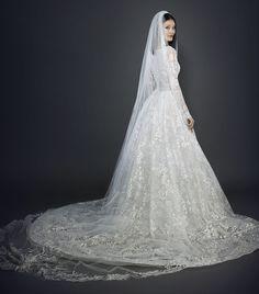 lazaro-bridal-spring-2017-style-3717_4.jpg (2820×3208)