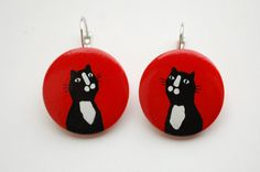 Dangle - Hand painted wooden earrings red with black cat