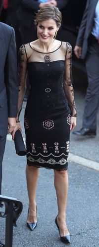16 Sep 2015 - King Felipe & Queen Letizia attend dinner at Georgetown University. Click to read more