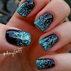 Best Glitter Nails - 44 Nails That Sparkle In The Light! - Nail Art HQ #GlitterNails #nailart