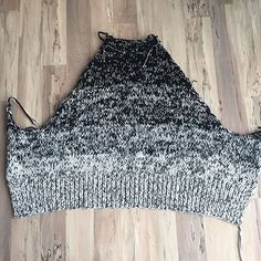 Back of another massive sweater I'm working on. Ran out of yarn for the sleeves so it's on hold. . . #vogueknitting #knitting #cloudbornfibers #craftsy #sweater #squishy #chunkyknit #hiremecraftsy #seriouslytho