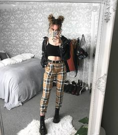 Cool and edgy grunge outfits 58 Grunge Outfits, Style Outfits, Edgy Outfits, Grunge Fashion, Look Fashion, Fall Outfits, Summer Outfits, Cute Outfits, Fashion Outfits