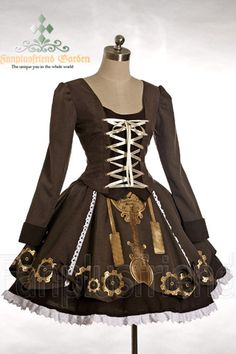With the right accessories this could be a great steampunk coord; with the wrong ones it could just be cheesy.