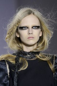 Maison Martin Margiela Beauty A/W '15   #beauty #winter #makeup