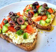 Mediterranean Breakfast, Easy Mediterranean Diet Recipes, Mediterranean Dishes, Mediterranean Diet Shopping List, Mediterranean Diet Pyramid, Med Diet, Medditeranean Diet, Dukan Diet, Diet Dinner Recipes