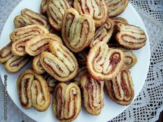Palmieri cu scorţişoară Vegan Cake, Biscuits, Sweet Tooth, French Toast, Almond, Cooking Recipes, Yummy Food, Sweets, Breakfast