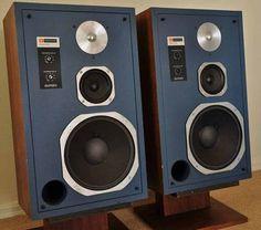 JBL 4313 Monitors with blue face. Hifi Speakers, Best Speakers, Hifi Audio, Radios, Homemade Speakers, Bookshelf Speaker Stands, Floor Standing Speakers, Audio Room, Music System