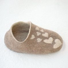 Cat cave Love Clog  cat bed natural brown wool  by WoolenClogs, $63.00