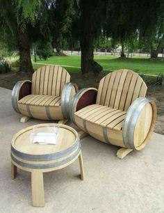 Taula i cadires d'exterior